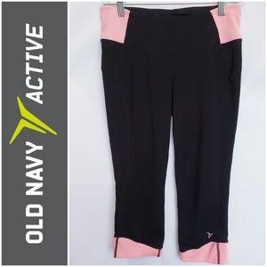 #523 OLD NAVY ACTIVE black & pink yoga capri pants